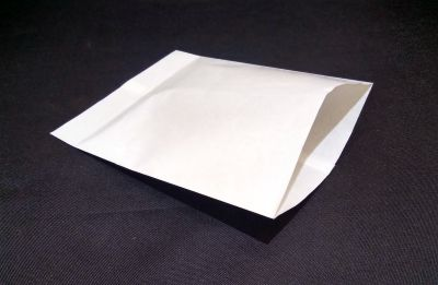 "White Polycoated Sealable PaperPouch | W-7"" x H-9"" Image"