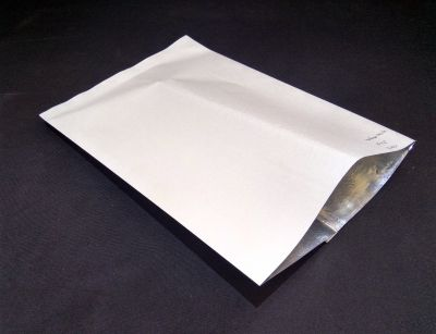 "Metalized White Color Paper Pouch | 10"" x 14"" Image"